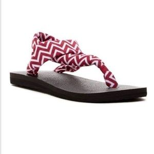 Sanuk Yoga Sling 3 Prints Zig Zag New